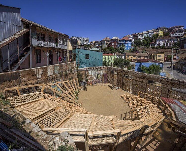 Wave Theatre: Public Performance Space, Ecuador. Image Courtesy of A.D
