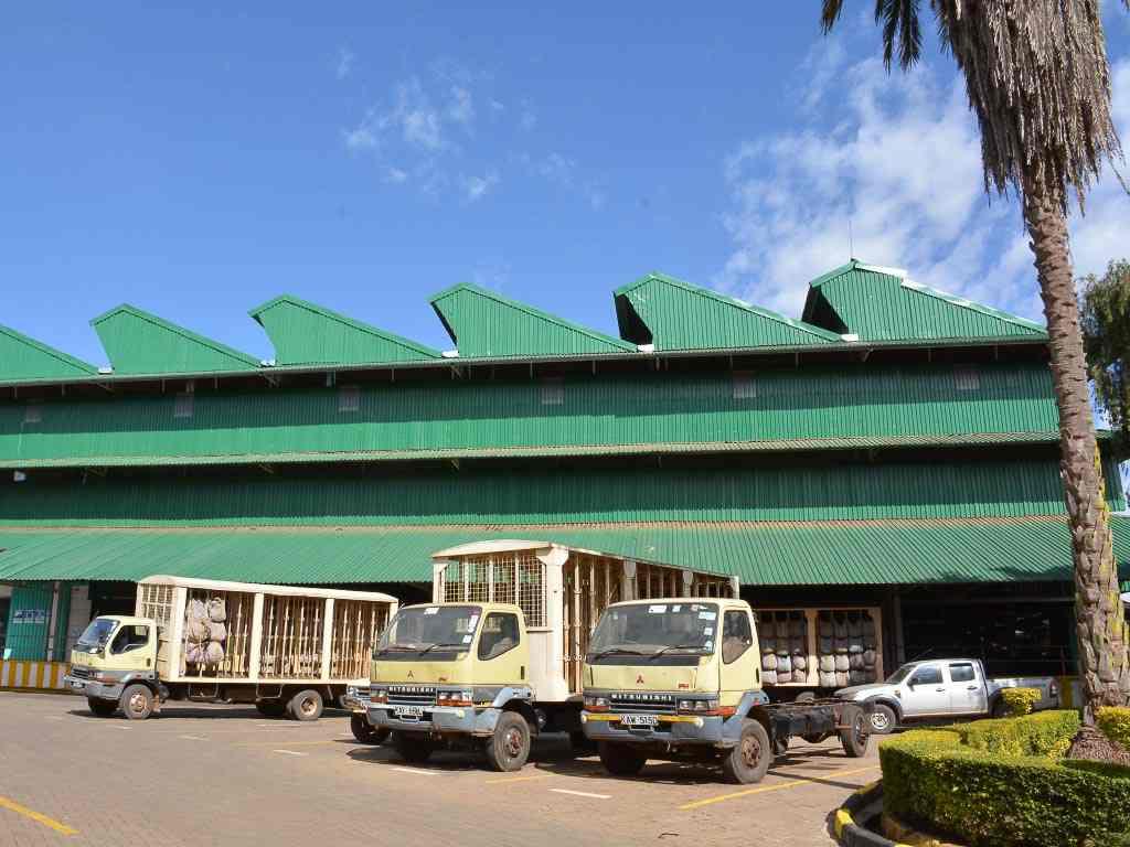 Gathuthi Tea factory. Image Courtesy of Kenya Tea Development Authority